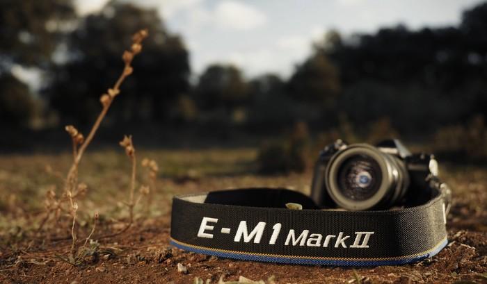 Olympus E-M1 Mark II o 8 000 Kč levněji a s gripem jako dárek!
