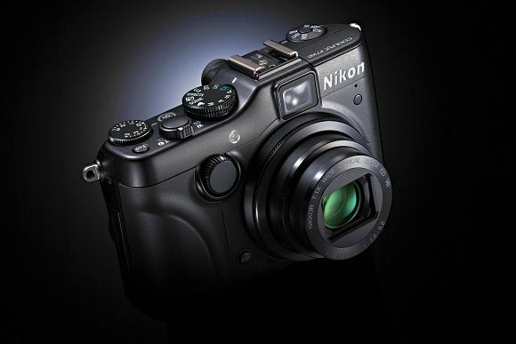 Nový firmware pro Nikon P7100