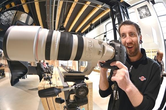 Představení objektivu Canon 200-400mm f/4 na naší prodejně