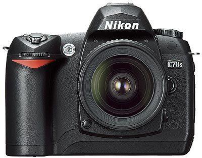 Velké slevy fotoaparátů Nikon!
