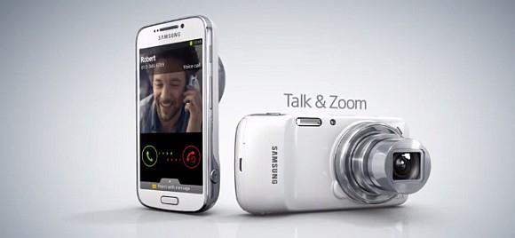K Samsung Galaxy S4 Zoom dostanete originální flipový kryt zdarma