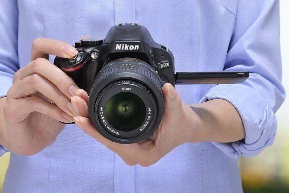 Nový firmware pro Nikony D3100, D3200, D5100, D5200 a P7700