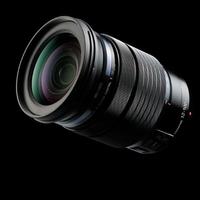 Objektiv Olympus M.ZUIKO ED 12-100mm f/4 IS Pro je už skladem