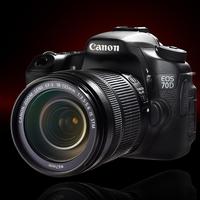 Canon EOS 70D je nyní až o 2 200 Kč levnější