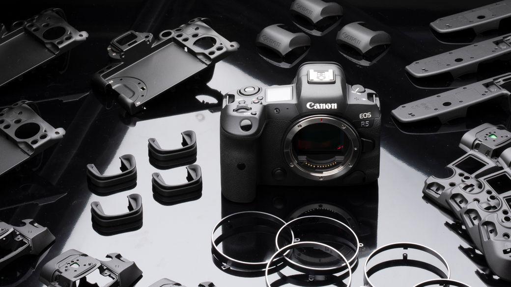 K fotoaparátům Canon R5 a R6 teď dostanete prodlouženou záruku na tři roky