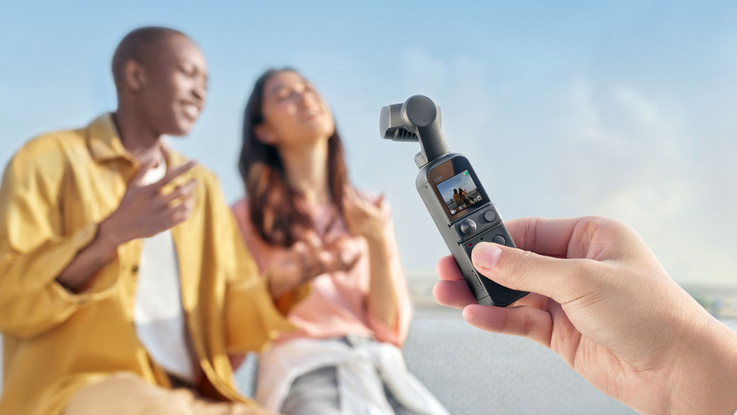 Poznejte další novinku DJI, tentokrát kapesní kameru se stabilizátorem v jednom: DJI Pocket 2