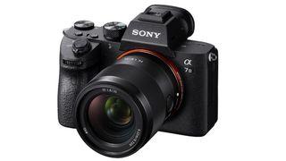 Nový objektiv Sony FE 35 mm f/1,8 je tu!