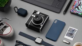 Fujifilm představuje Instax mini 40. Stylový retro foťák ve stylu klasických analogů