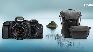 Rozdáváme dárky ke Canonu! Získejte batoh nebo brašnu Peak design zdarma - VYPRODÁNO