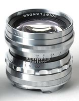 Voigtlander Nokton 50 mm f/1,5  pro M-bajonet stříbrný