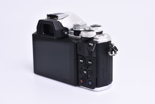 Olympus OM-D E-M10 Mark II + 14-42 mm EZ bazar