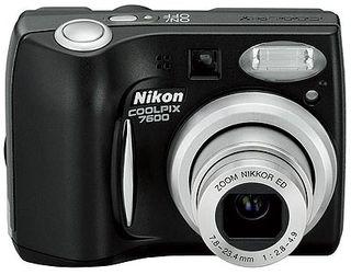Nikon Coolpix 7600 LP černý