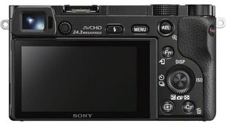Sony Alpha A6000 + 16-50 mm černý - Foto kit