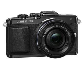 Olympus PEN E-PL7 + 14-42 mm EZ + 40-150 mm R + blesk FL-LM1