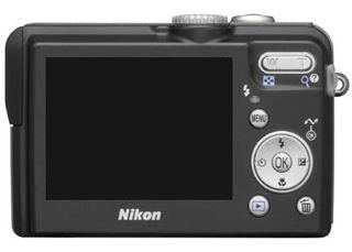 Nikon Coolpix P1 černá