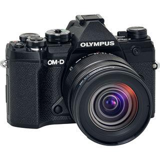 Olympus OM-D E-M5 Mark III + 12-45 mm PRO