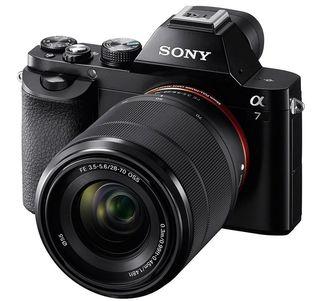 Sony Alpha A7 + FE 28-70 mm OSS - Zánovní!