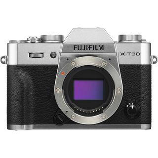 Fujifilm X-T30 + 35 mm/f 2 stříbrný