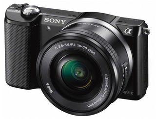Sony Alpha A5000 + 16-50 mm + 55-210 mm černý