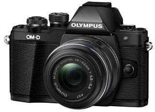 Olympus OM-D E-M10 Mark II + 14-42 mm II R černý + 16GB karta + brašna Oslo 12Z + PL filtr + utěrka!