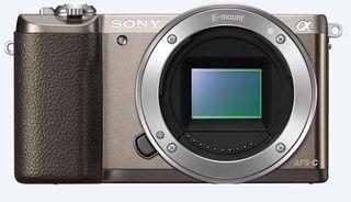 Sony Alpha A5100 + 16-50 mm hnědý - Zánovní!