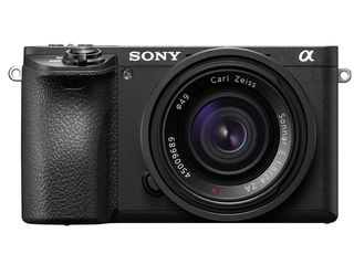 Sony Alpha A6500 + 18-135 mm OSS