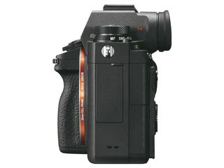 Sony Alpha A9 + bateriový grip + náhradní akumulátor!