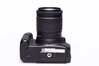 Canon EOS 700D + 18-55 mm IS STM bazar