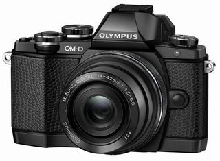 Olympus OM-D E-M10 + 14-42 mm EZ Limited Edition Kit