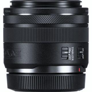 Canon RF 35 mm f/1.8 MACRO IS STM