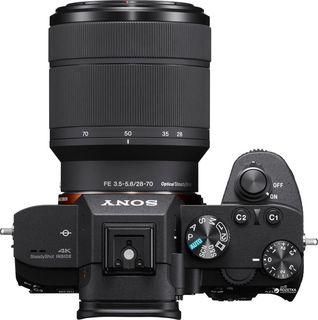 Sony Alpha A7 III + FE 28-70 mm OSS
