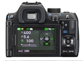 Pentax K-70 + 18-50 mm WR černý