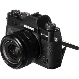 Fujifilm X-T20 + 15-45 mm