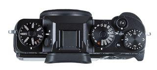 Fujifilm X-T2 tělo + 32GB karta + kožené pouzdro + náhradní  akumulátor!