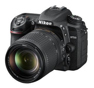 Nikon D7500 + 18-140 mm VR -Video kit