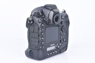 Nikon D5 tělo bazar