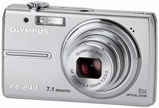 Olympus FE-240 stříbrný
