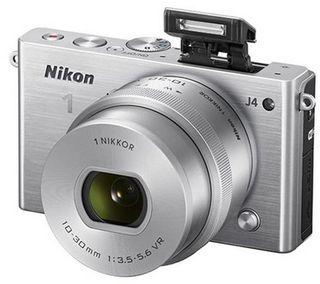 Nikon 1 J4 + 10-30 mm VR PD-ZOOM