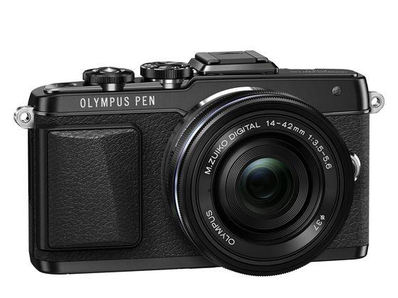 Olympus PEN E-PL7 + 14-42 mm f/3,5-5,6 EZ + blesk FL-LM1 černý
