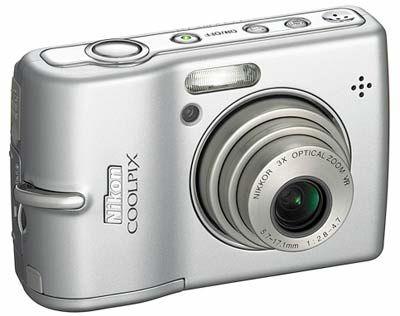 Nikon Coolpix L12 stříbrný