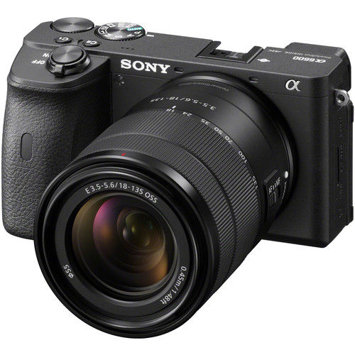 Sony Alpha A6600 + 18-135 mm OSS