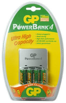 GP nabíječka PowerBank 4 + 4x AA 2700 mAh