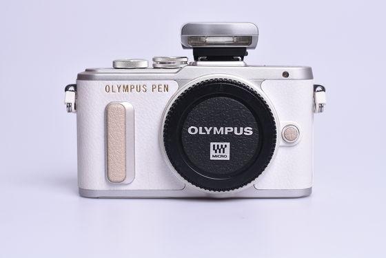 Olympus PEN E-PL8 tělo bazar