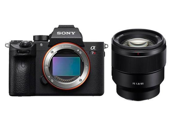 Sony Alpha A7R III + FE 85 mm f/1,8