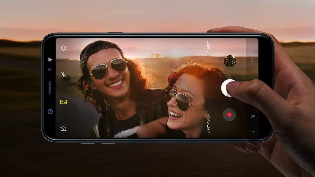 Samsung Galaxy A6+ (3)