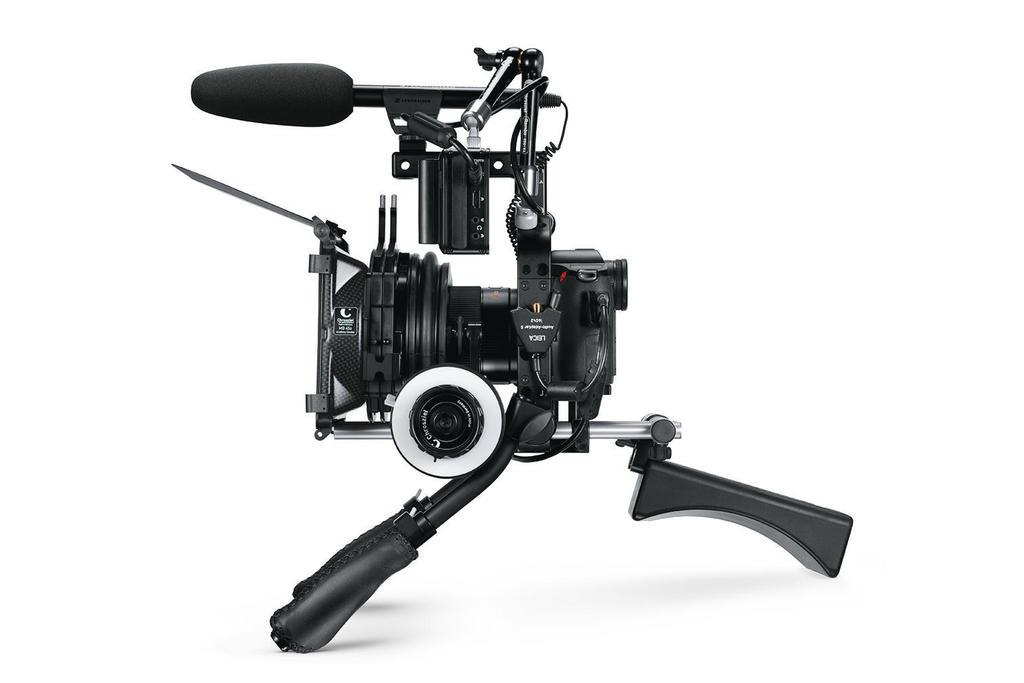 USP-3-Cine-Video-|-Camera-in-Action-|-1512x1008-BG-ffffff_teaser-2632x1756