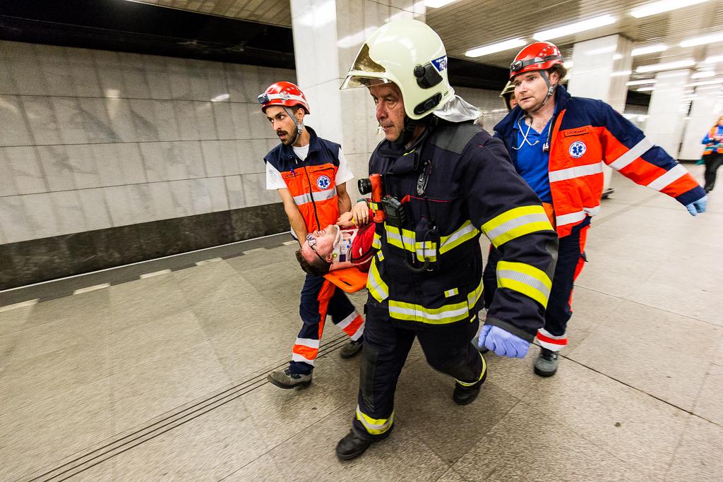 chodit s hasičem a co očekávat z velké vzdálenosti