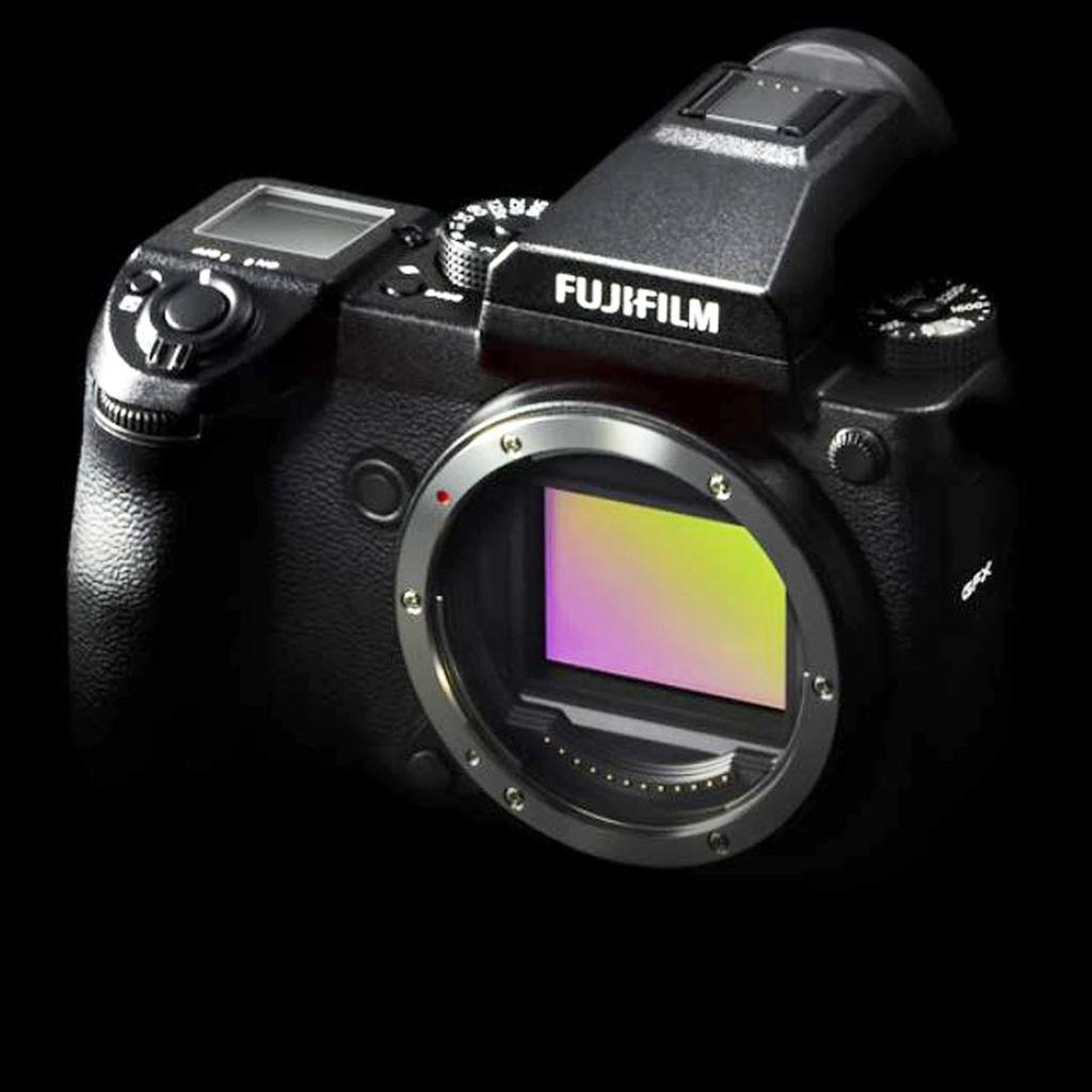 Fuji oficiálně představuje středoformát Fuji GFX 50s, bezzrcadlovku Fuji X-T20 a špičkový kompakt Fuji X100F