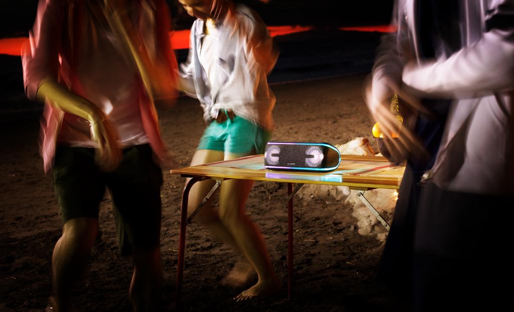 Sony XB-41 párty