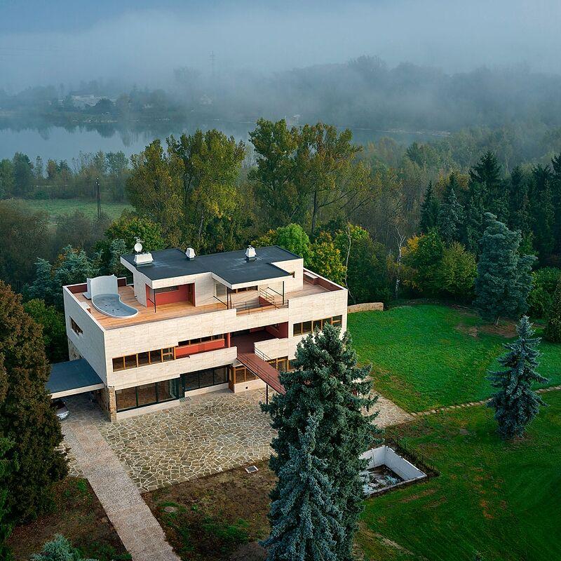 Perspektiva architektury - předposlední kolo foto-soutěže ROK S MEGAPIXELEM 2017